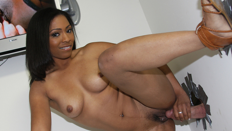 Ebony Beauty Anita Peida Sucks Her First White Cock!