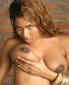 Ebony Diamond In The Glory Hole