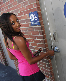 Ebony Monicka Jaymes In The Glory Hole